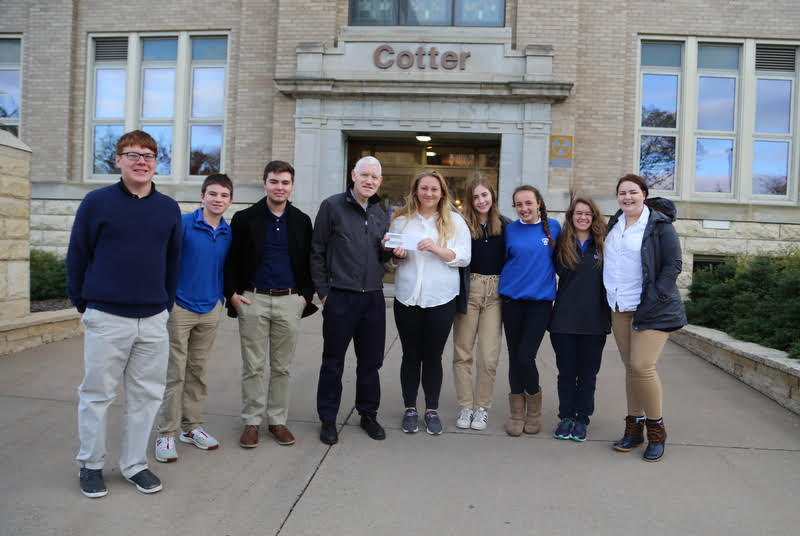 Student Council Donates to Warming House